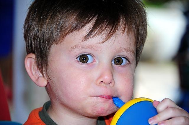10 mitų apie vaikų mitybą
