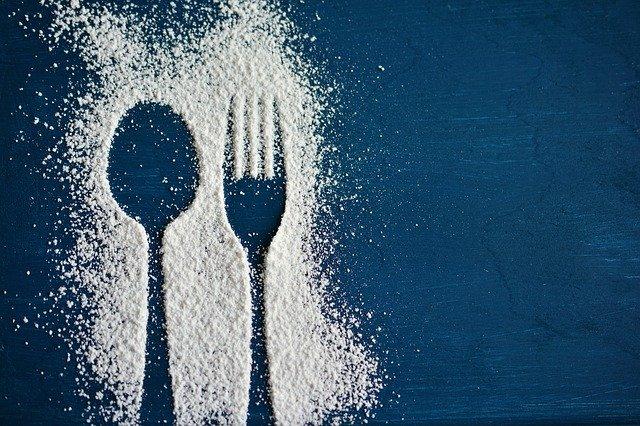 Paslėptas cukrus maiste: jo yra net mėsoje!