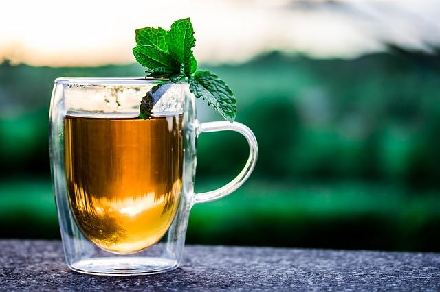 Lieknėdami pamėkite arbatą – nulis kalorijų, šimtai skonių ir soties jausmas