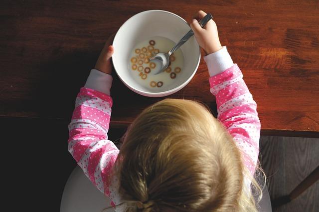 Linksmieji vaiko apetito kalneliai – kaip nevalgiukai tampa maisto naikintojais
