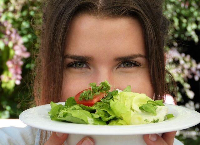 Paslaptingosios kalorijos: Kodėl taip skiriasi įvairiuose šaltiniuose pateikiami kalorijų skaičiavimai?