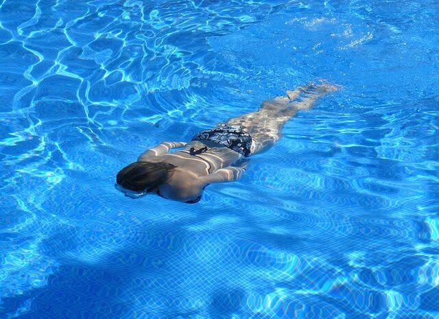 Aš laukiuosi. Gal pradėti sportuoti ir plaukioti?